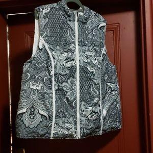 AVENUE REVERSIBLE Paisley Vest Size18/20
